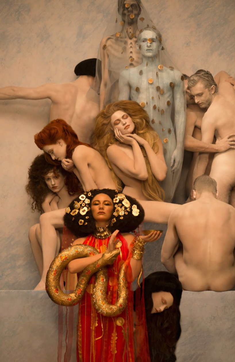 inge-prader-life-ball-gustav-klimt-paintings-designboom-09
